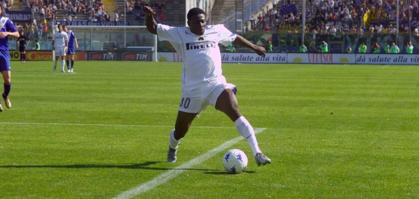 Obafemi Martins playing Inter